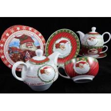 Télapós teázó készlet kiöntővel és csészével, piros télapós díszdobozban