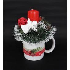 Karácsonyi asztaldísz bögrében
