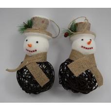 Hóember kalapban vesszőből - barna 2 db